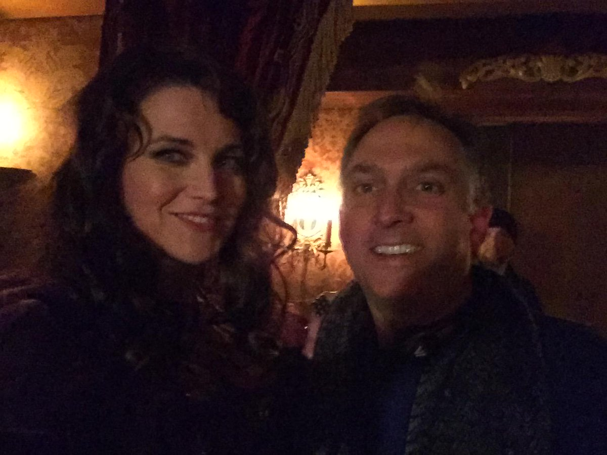 With the lovely and talented Lucy Lawless on the set of #SalemWGNA http://t.co/CBU4qOvGCe