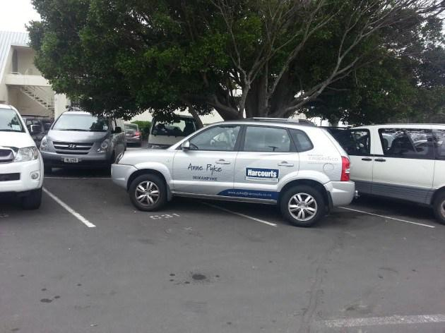 .@HarcourtsNZ Anne Pyke, famous in Browns Bay for her Stevie Wonder parking skills http://t.co/vDsBStUr3N