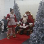 Bring your kids today to the Family @JingleAndMingle event in #Mississauga and see #Santa until 4pm http://t.co/H5xZ45Ks83