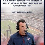 Classy move by fired Houston #Texans coach Gary Kubiak. Buys newspaper ad to thank city http://t.co/2bSXkSezA0 http://t.co/eCGas5SCLA
