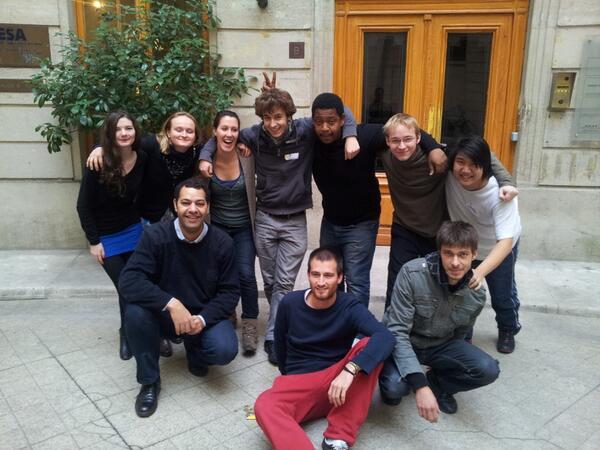 Faites du bruit pour laboitecomptines.fr ( @boiteacomptines ) #bmatelethon #hackaton #telethon2013 http://t.co/NEnUxQW8he