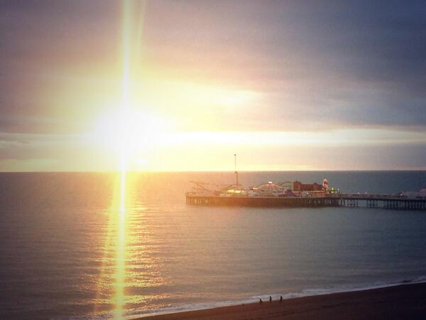 A golden sun setting over @BrightonPier  this afternoon http://t.co/JVioxErz7I