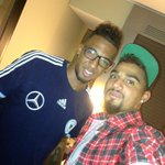 "Joke""@KPBofficial: Brother its time again...thats how beautiful life is!! Cant wait...love u bro!!! @JB17Official http://t.co/Gpa1r1IXbu"""