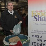 Thanks to Chief De Caire for Sounds of the Season donation to fight hunger in #hamont @HamiltonPolice #sl http://t.co/bZE9gIbXUV