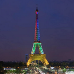 RT @TobiiasGaming: Eiffel Tower lit up in the colours of the South African flag in honour of Nelson Mandela. http://t.co/BxHj7PaXJM