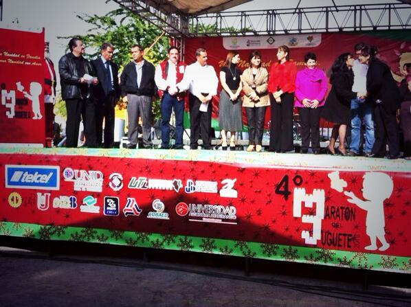 COBAED (@COBAEDoficial): Participa COBAED en el 4to @RadiomaratonDgo de la Laguna acompañando a las Sra @Tere_AdelC y a @SMI_Durango http://t.co/c6GfjjDQJt