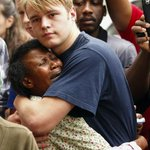 RT @DJFreshSA: WOW!! :'( RT @gussilber: A moving, cover-worthy image from outside Mandelas house, by @SibekoS http://t.co/Vdq8zO6k6e