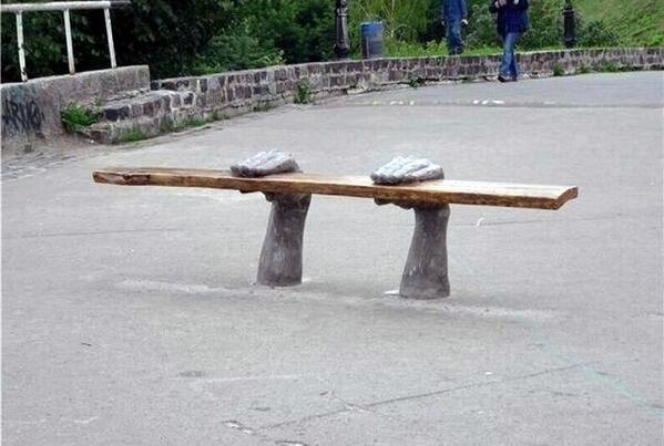 Креативная скамейка. http://t.co/w43r3VfuHM