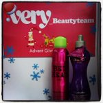 RT @Very_BeautyTeam: Its superstar Saturday and day 7 of our advent comp Make sure you F&RT you gorgeous lot! http://t.co/Cpk4PyZQZO