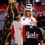 Just doing some Christmas shopping at #RedsFest. I think I may keep the hat for myself! @Reds @WCPO #9wakeup http://t.co/5gS8KY96bz