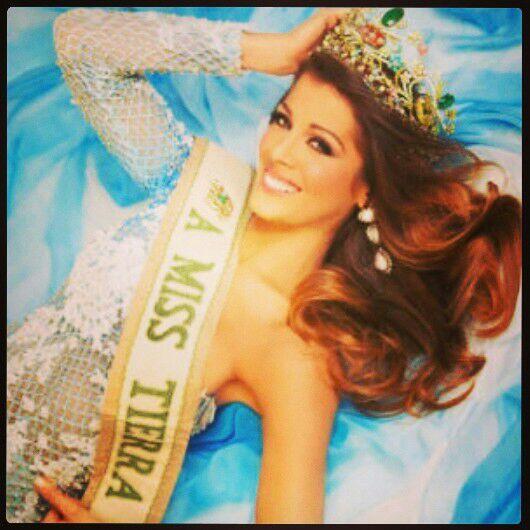 Diario NotiFalcon (@NOTIFALCON): ORGULLO FALCONIANO Alyz Henrich es la nueva Miss Tierra 2013 http://t.co/OokIx9ETwh