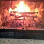 RT @NancyAjram: Love watching the fire in a chimney!  #winter#lebanon#nancyajram http://t.co/8rjbtoLhNi