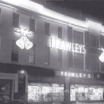 Dublin History ~ Frawleys at Christmas on Thomas Street 1950s #Dublin @thomasstreetdub http://t.co/PCQQ04Uo0M
