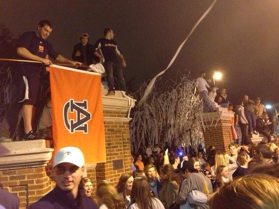RT @byjustinlee: Toomer's 1 http://t.co/ECFsfyVFjp