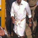 Looking so mindblowing this getup. For #Vijay anna ;) #Jilla http://t.co/BSSevMxMAv