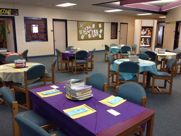 RT @jkhealy4: I did book tasting in library -see pic- I want to do before holidays this year 2 decorate more  #tlchat http://t.co/kxbYim3JPb