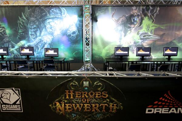 @Heroesofnewerth is ready for @DreamHack Winter 2013! Are you? Follow all the action at http://t.co/UXuAOUUTzB. http://t.co/hGeMSO9Lie