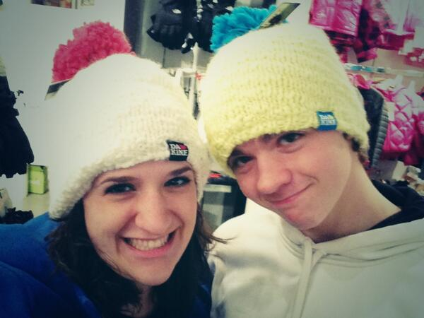 Trying on winter hats. Crazy-fuzzy. @Joel_Courtney http://t.co/SgANNODW7g