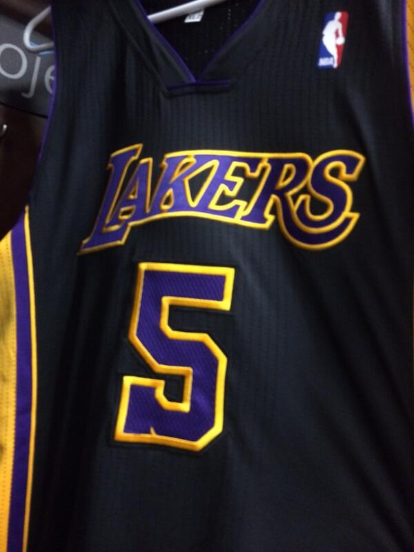 Can't wait to wear these again! Lakers have the best jerseys in the league! http://t.co/7YHblldwSO