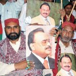 RT @OfficialMqm: Pic6: Sindhi Topi, Ajrak Day Celebrated At #MQM Headquarters 90 in #Karachi #SindhCultureDay http://t.co/7nlrYGcO3l