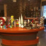 Join me @BTEdmonton tomorrow at 7:50 for trendy, hip, affordable holiday decor from @targetcanada http://t.co/k7fhvn2xy3