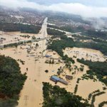 #prayforkuantan RT @faridFared: Kuantan City is now paralyzed . http://t.co/gUHuzgydui