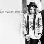 RT @FarAway_Lovato: She saved me form myself. @ddlovato Lovatics #MusicFans #PeoplesChoice http://t.co/4kOuH4C6Ym