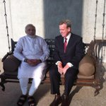 RT @barryofarrell: chatting with @narendramodi, Gujarat Chief Minister, on his Ahmedabad office balcony http://t.co/ToR0usf6tv