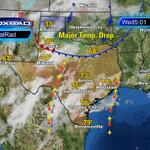 33 in Amarillo, 70 in Lubbock. Strong cold front moving toward #Houston. Should arrive late tomorrow morning. http://t.co/lM0yHA2ld0