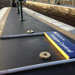 RT @NetworkRailSCOT: The stong gusts of wind tore this sign off its base. http://t.co/RDKThUhmmG