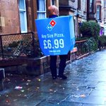 Nothing but sympathetic respect for this hardy soul hawking cheap pizzas in Morningside #scotstorm http://t.co/snLnOBsOH3