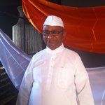 RT @IndiaToday: Anna Hazare arrives at #AgendaAajTak @annahazaresays http://t.co/ToJgAAyKXp