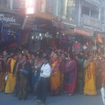"""Desh ka neta kaisa ho @narendramodi jaisa ho""-group of women sloganeering while passing thru Doons paltan bazaar! http://t.co/0SGHHraPNd"