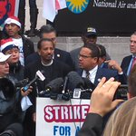 """Pres Obamas hearts in right place - we need his signature in right place!"" Rep @KeithEllison at #FastFoodStrikes http://t.co/pfb8SPXIAz"