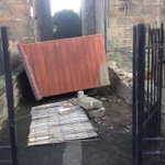 The wind blew over this shed in the Abbeyhill Colonies - not very helpful for access. #storm #edinburgh http://t.co/JcGQ7zwnmE