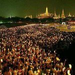 The Ocean of loyalty to our beloved King: His Majesty the King Bhumibol Adulyadej #WeloveKingTH http://t.co/Ki5zNgzSoC