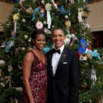 RT @FLOTUS: The Obamas first Christmas at the @WhiteHouse. #ThrowbackThursday #tbt http://t.co/46EnzgygS6