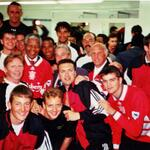 RT @OfficialLFC_ID: Rest in Peace Nelson Mandela. #YNWA http://t.co/yYYV03tXnP