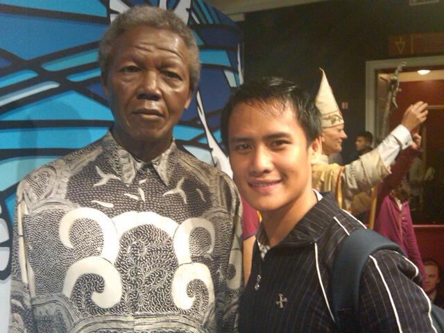 Nelson Mandela has died today. Rest in peace Mr President http://t.co/IO1y6xICDd