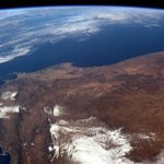 """@NASA: In honor of Nelson Mandela, who died today, here is an image of SA from #ISS #ProudlySouthAfrican     http://t.co/UfuhvILttp"""