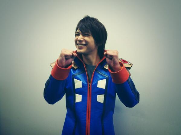 12/5は吉沢が宣伝隊長を務めました、Nintendo-3DS「ガイストクラッシャー」の発売という爆アツな日でした!!