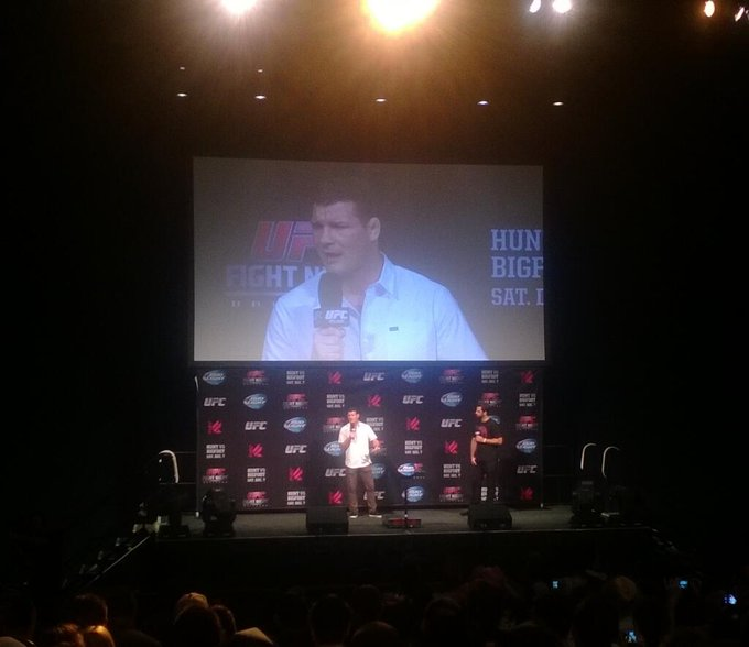 Ask good ?s! RT @bcurrall80: @bisping to takes the stage for Q&A session @ufcfightclub #UFCFightNight #AussieFC http://t.co/PlLVstjHAA
