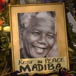 RT @BBCBreaking: In pictures: Mourning South Africas much-loved Nelson #Mandela http://t.co/AGil3lvrpe http://t.co/GtD7DWgjef