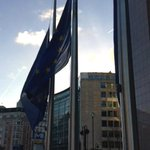 RT @ukineu: #EU flags in front of the @EUCouncil flying at half mast today for #Mandela: http://t.co/cUAMnymqZJ