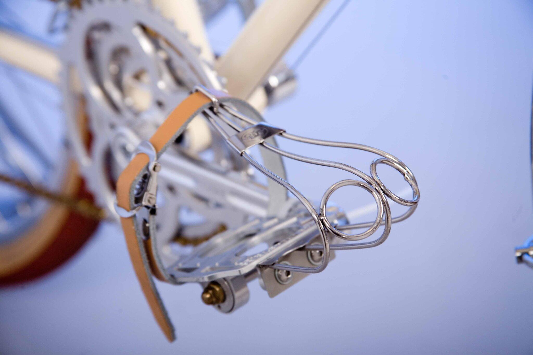 Toe clips on Randonneur ready for @vulpinecc #cyclogames http://t.co/lgYp7DSlLE