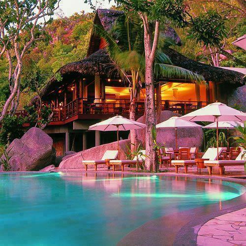 Wonderful tropical house, Bali http://t.co/ioJDHelQdc