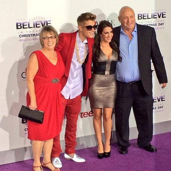 The family 💜💜 http://t.co/dCMgrHZOkp