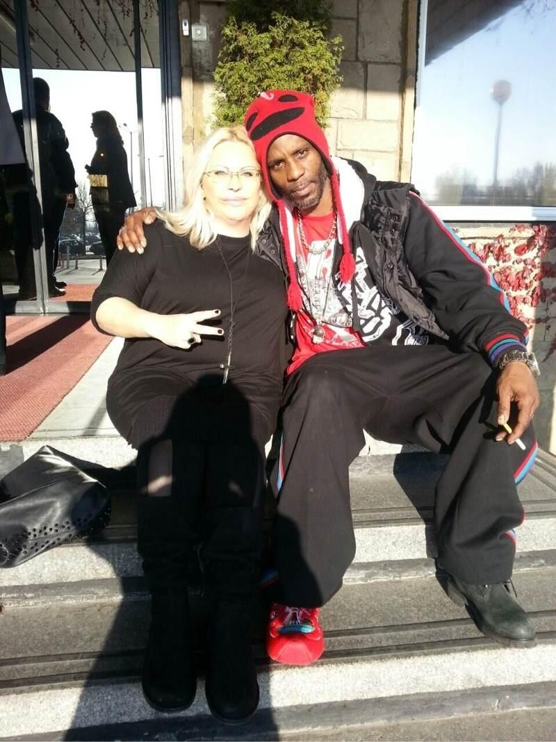 Maria Boneva and @DMX in Bulgaria. Get ready for show soon! http://t.co/amQwW6d9he