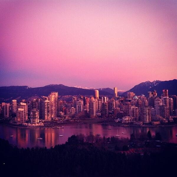 This #Vancouver sunrise my cousin captured this morning. #perfection http://t.co/fVYeMhpMnX