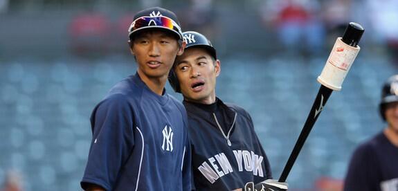 イチロー ─ ヤンキース2013年ドラフト2位の加藤豪将と、昨日よりほっともっと神戸にて合同自主トレ中。神戸を訪れた加藤の希望で実現したとのこと。数日間予定 http://t.co/ISuGWOLnb1